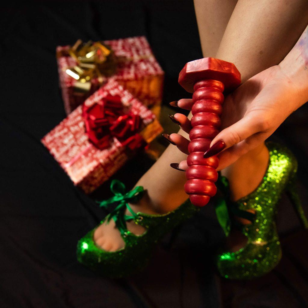 Secret Santa package box Absolem green heels